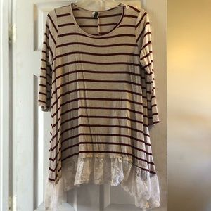 Tops - Striped tunic with lace bottom
